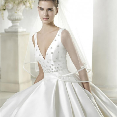 Cocomio bridal beautiful dresses by wedding dress beautiful dresses by spanish wedding dress designers junglespirit Image collections