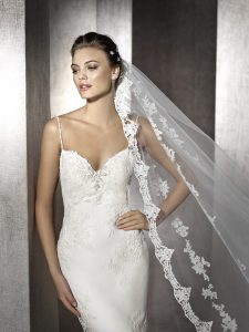 bridal-style-at-CocoMio-Bridal