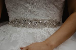 bridal-belt-can-change-any-dress