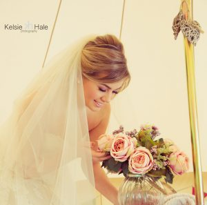 vintage-wedding-with-tipis