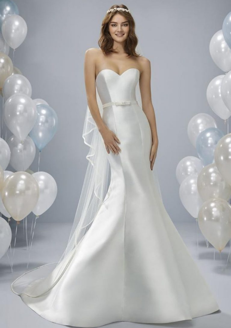 olwin-white-one-pronovias-cocomio-brida