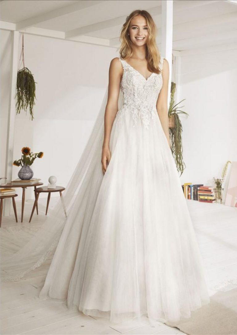 4aaafd6d7fc0 Specialist Wedding Dress Cleaning Cardiff & South WalesCocoMio Bridal